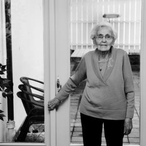 Launa Mjanger, 94 år